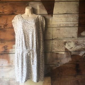 Loft Size Large Grey and Cream Patterned Dress